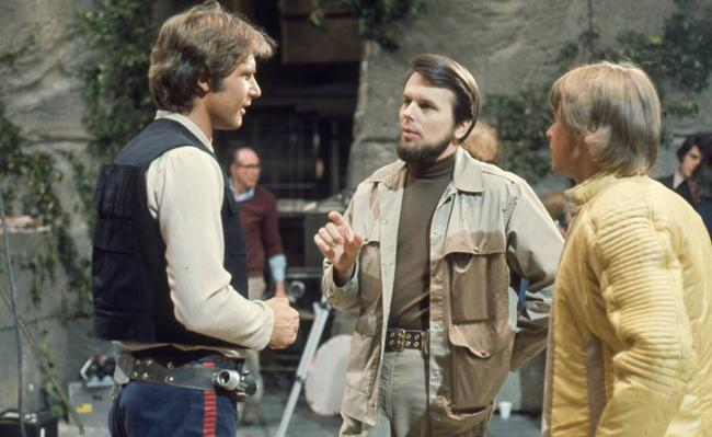 Gary Kurtz On Set of Star Wars