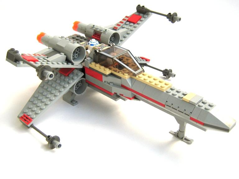 LEGO X-Wing 7140