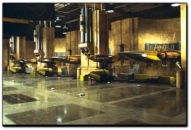 http://www.theforce.net/episode1/oldPreq/locations/pics/hanger_lg.jpg
